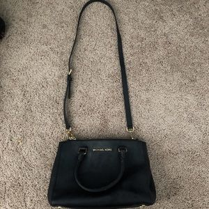 Michael Kors Selma Medium Sized Bag